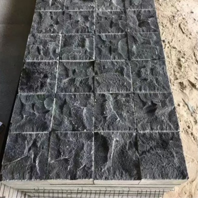 Mongolian black granite cube stone for driveway