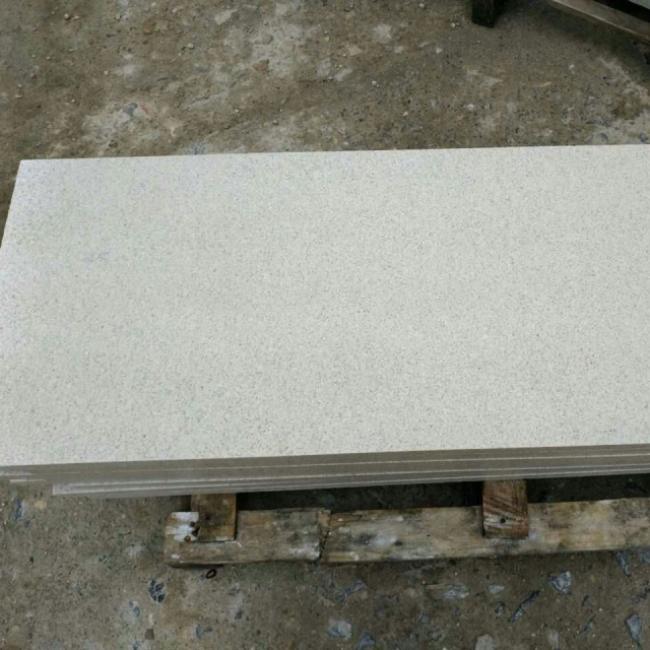 Polished pearl white granite tiles